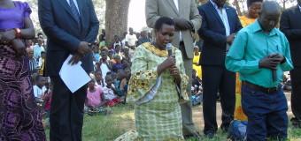 Amuru Legislators, Gen Oketa Offer Apologies to Locals  While on their Knees
