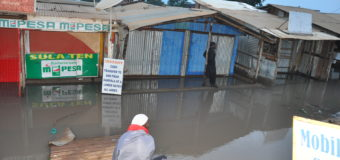 Hundreds Displaced in Elegu Border Market As River Bursts Bank